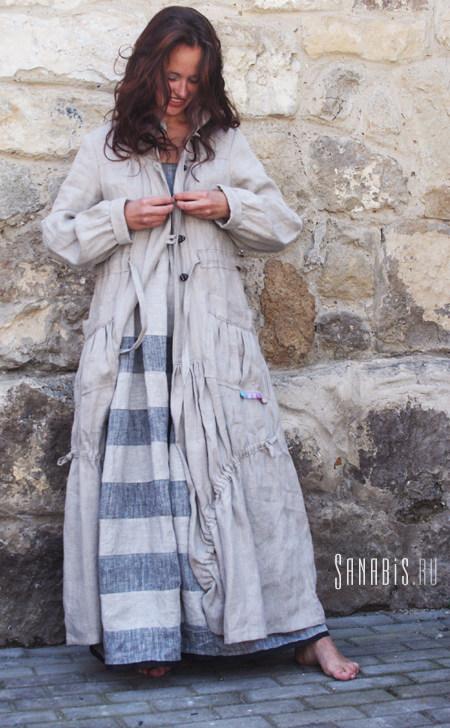 Пальто из льна