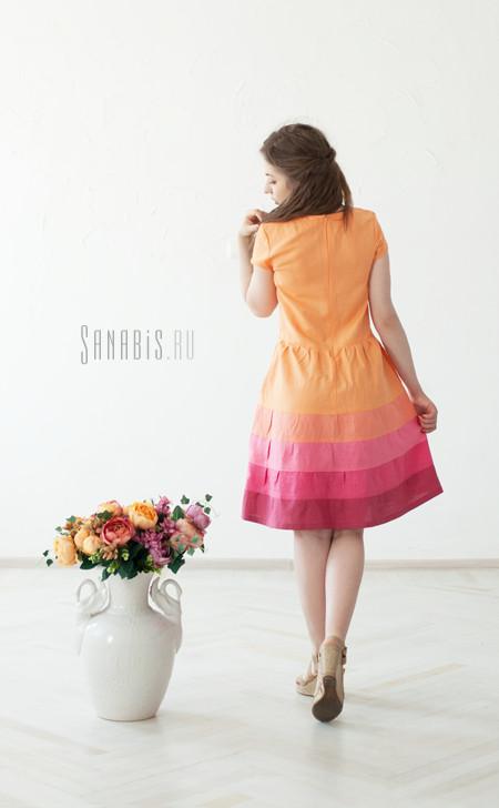 персиковое льняное платье