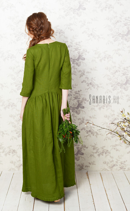зеленое платье из льна