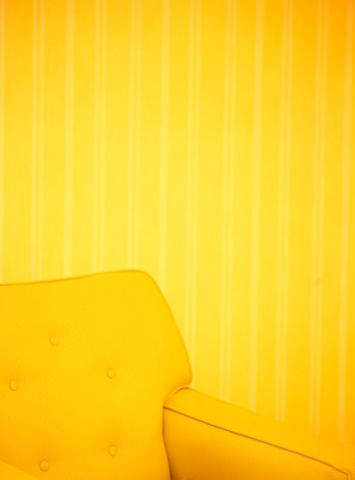 желтые обои