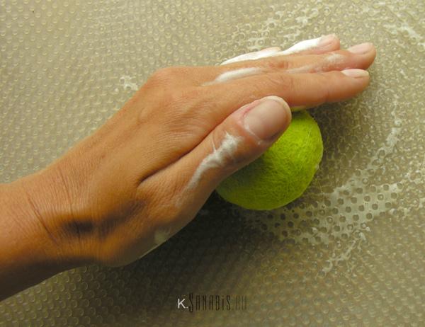 шерстяной шарик